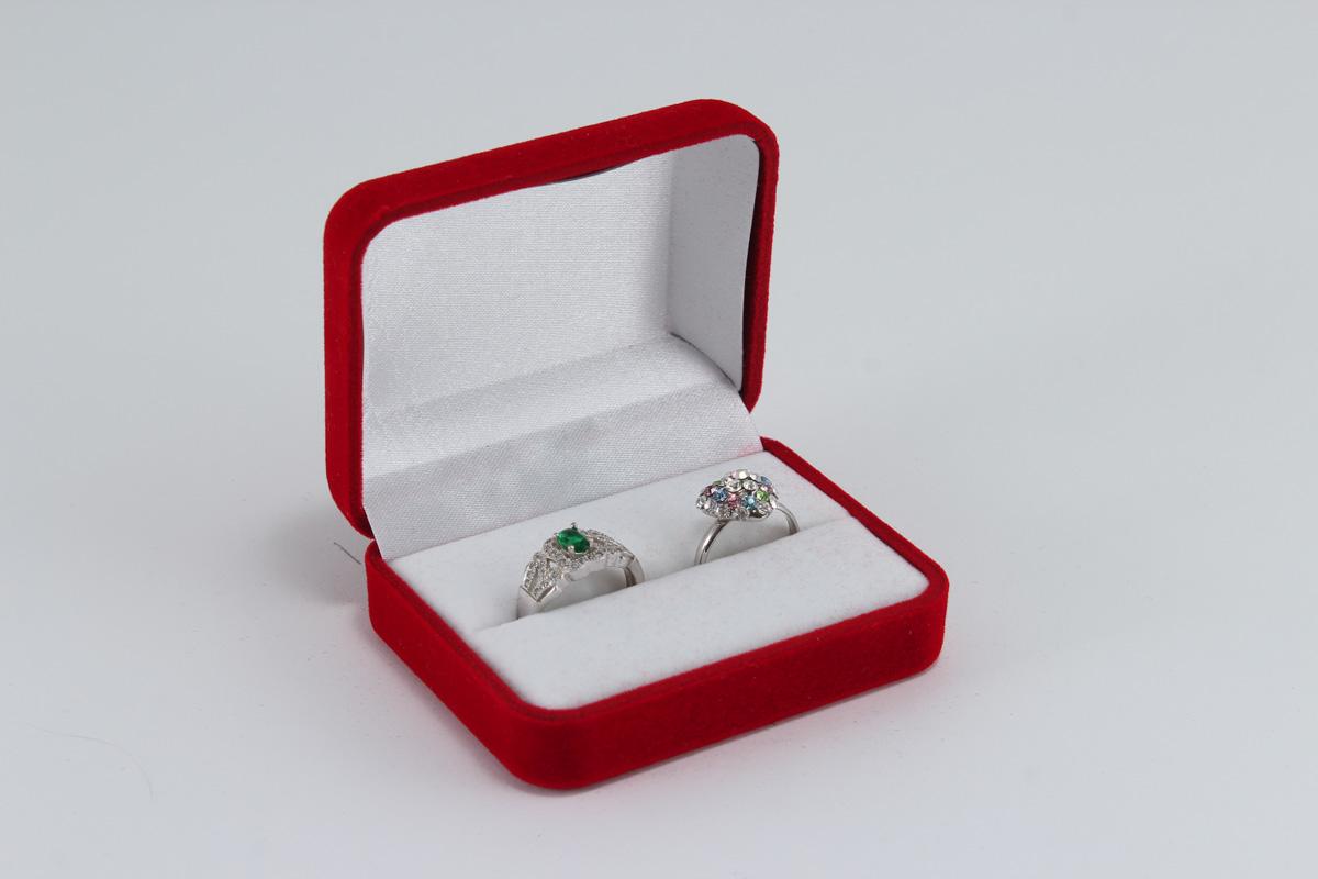 cutii-pentru-bijuterii-din-catifea-55