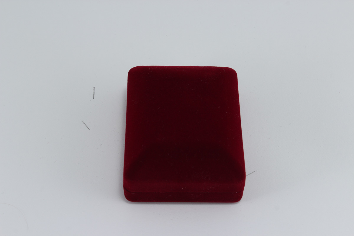 cutii-pentru-bijuterii-din-catifea-84